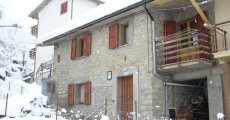 Visit Bed & Breakfast LA FONTANA's page in Pietracamela