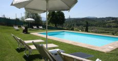 Visit Casa vacanze i cipressi 's page in Lucca